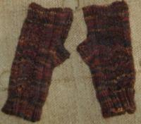Pam's Rabbit Tracks fingerless gloves